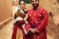 عکس بابک جهانبخش و همسرش با تیپ متفاوت در روستا