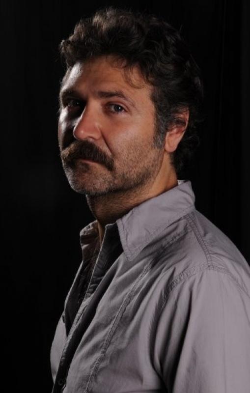 حسین دمیر در سریال لطیفه