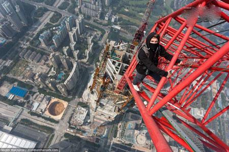 عکس های دلهره آور از بلندترین برج جهان! +تصاویر