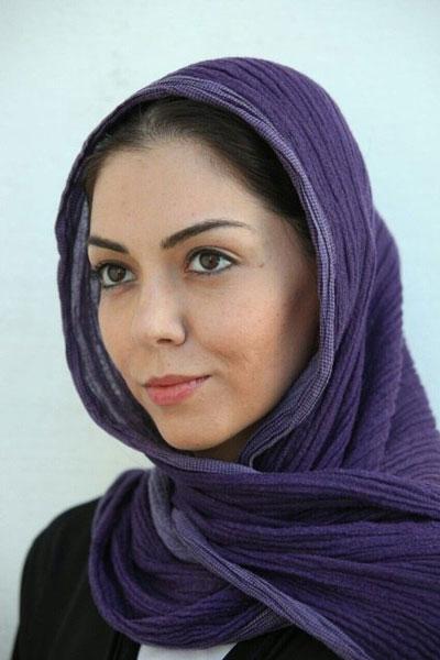 حرف های آزاده نامداری در مورد عکس بدون چادرش