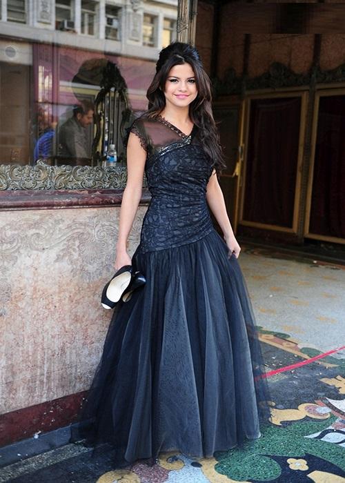 مدل لباس مجلسی سلنا گومز Selena Gomez