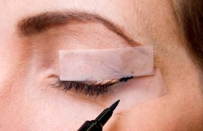 ترفندی برای کشیدن خط چشم زیبا