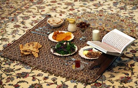 تکنیک های تزیین سفره ماه رمضان, تزیین خرما سفره افطار