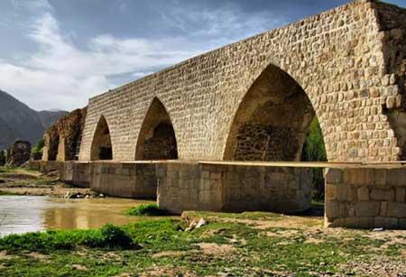 پل آجری در استان لرستان