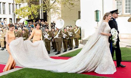 لباس عروسی پرنسس های جهان, طراحان لباس عروس