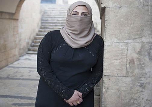 ازدواج اجباری زن داعشی برای فرار از مرگ!