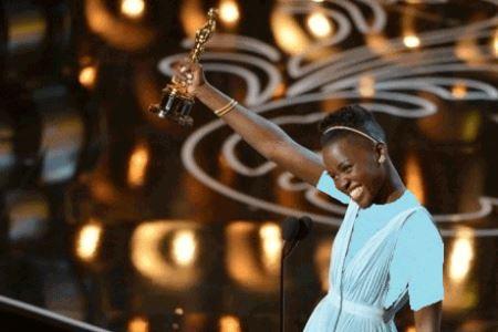 زن سیاهپوست به عنوان زیباترین زن سال انتخاب شد