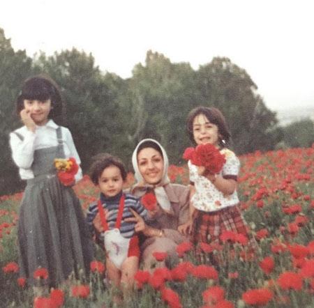 عکس هانیه توسلی و مادرش 35 سال پیش
