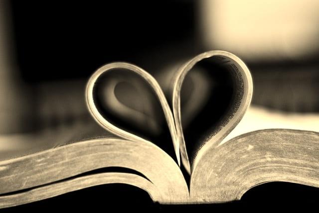 متن ها و جملات عاشقانه پر احساس