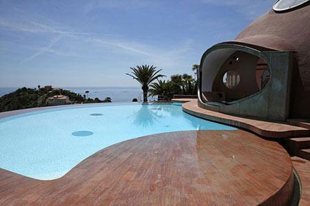 هتل حبابی در فرانسه,Bubble House,مکانهای دیدنی فرانسه