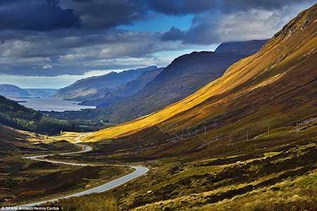 عکس های از خوش منظره ترین جاده های جهان