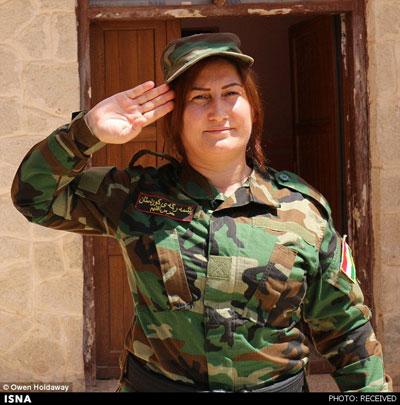 """عکس های دختران ایزدی """"یگان آفتاب"""" که به جنگ داعش می روند"""