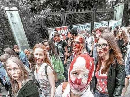 عکس دختران و پسران زامبی در روسیه!