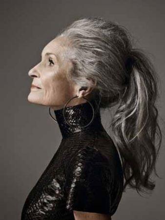 عکس زن جذابی که پیرترین مانکن دنیا است!