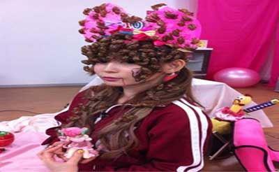 عکس های مدل آرایش خنده دار و چندش آور دختر ژاپنی!