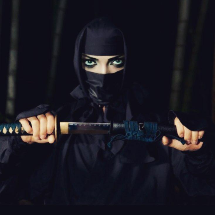 عکس لیلا اوتادی با تیپ جنگجوی مردانه!