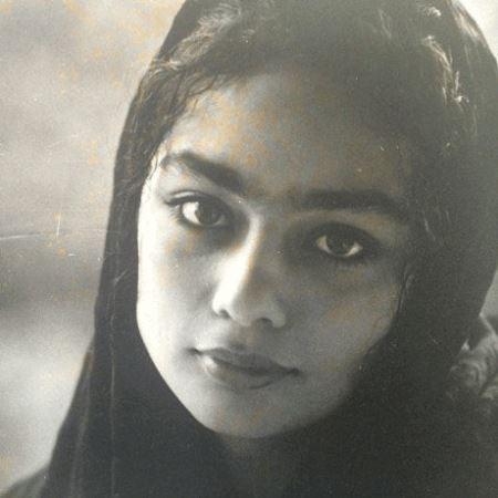 نوجوانی یکتا ناصر