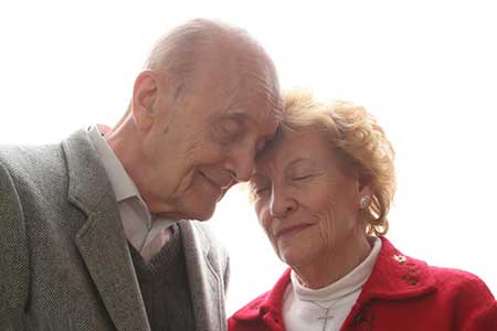 Photo of آیا رابطه جنسی برای سالمندان ضرر دارد