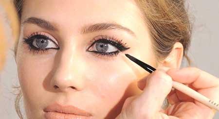 انتخاب مداد چشم برای پوست های چرب