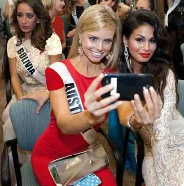 عکس های سلفی از زیباترین دختران دنیا (دختران شایسته)