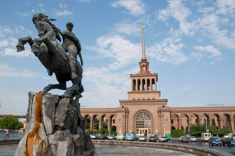 راهنمای سفر زیارتی به ارمنستان سرزمین کوه های زیبا