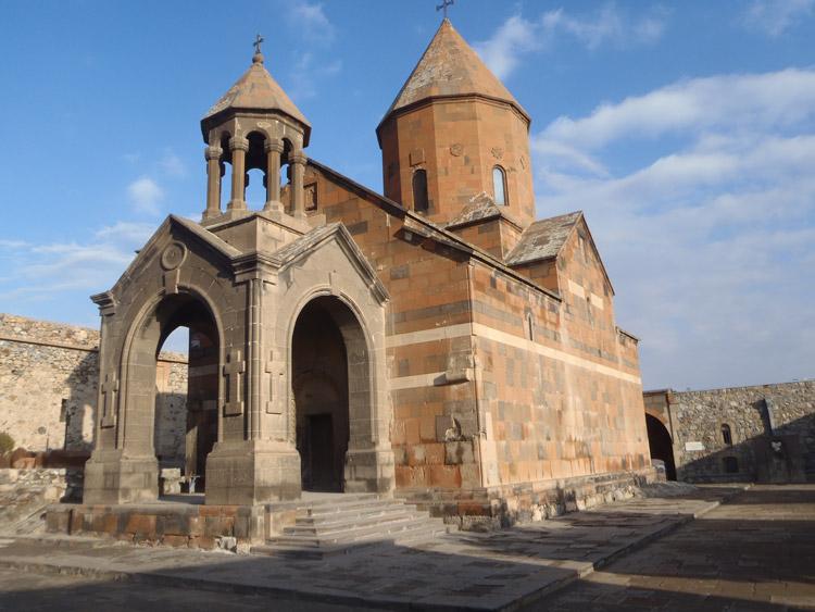 صومعهی خور ویراپ 1