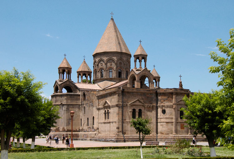 کلیسای جامع اچمیادزین