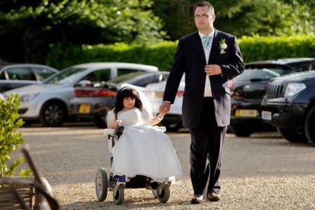 عکس های دختر 80 سانتی که با مرد 2 متری ازدواج کرد!