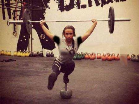 عکس های دختر ورزشکار 18 ساله با اندام و عضلات زیبا