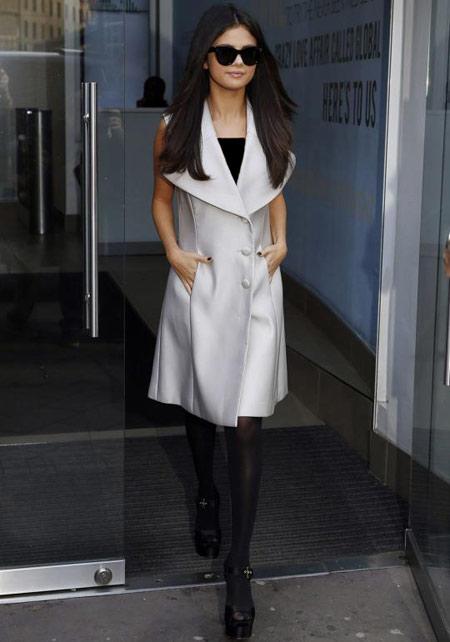 لباس پوشیدن سلنا گومز, سبک های متفاوت لباس سلنا گومز