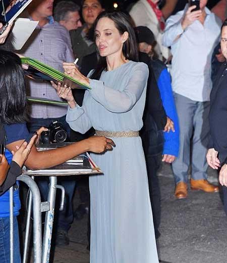 عکس های آنجلینا جولی و برد پیت پیش از نمایش فیلم «در کنار دریا»