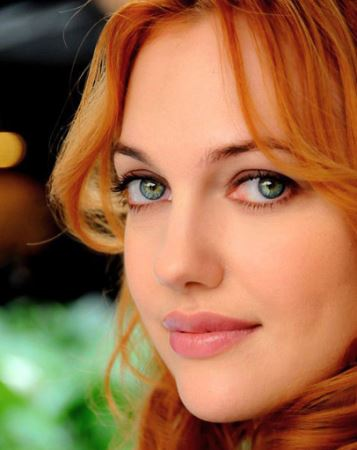 زن زیبا و جذاب ترکیه