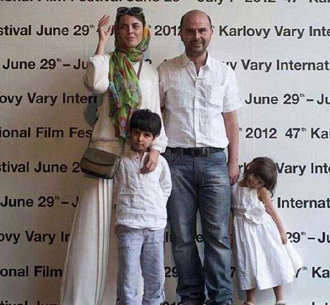 عکس لیلا حاتمی با تیپ جدید در کنار همسر و فرزندانش