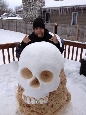 عکس های خنده دار از مجسمه های برفی