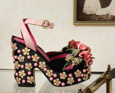 کفش با طرح های زیبا