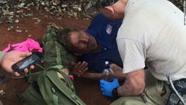مرد 62 ساله برای زنده ماندن مجبور شد مورچه بخورد!
