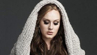 ادل خواننده زن معروف رکوردشکنی کرد