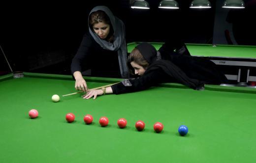 عکس های اکرم محمدی امینی دختر بیلیاردباز ایرانی