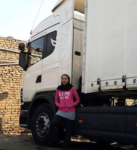 عکس های دختر ایرانی که راننده ماشین سنگین است