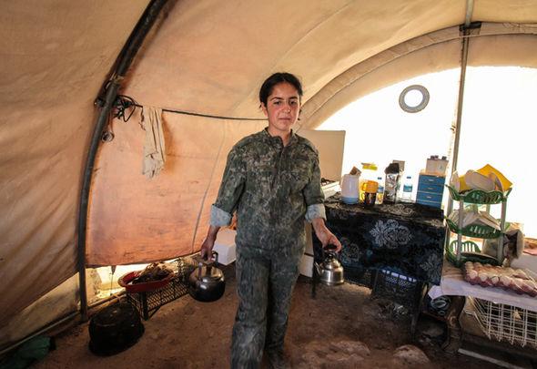 داعشی های وحشی از این زنان می ترسند!