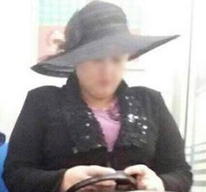 عکس از زنی با حجاب عجیب در متروی تهران!