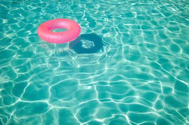 شنا,آب درمانی,حرکت در آب