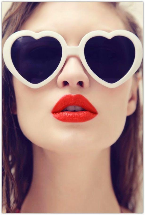عینک قلبی شکل ولنتاین