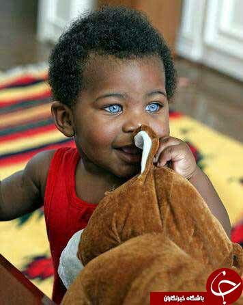 چشم های این کودک بسیار خاص و زیباست