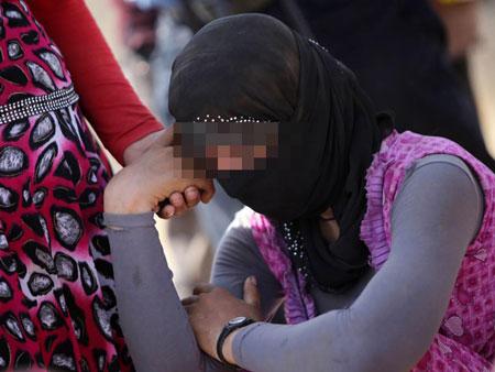 فتوای جنسی داعش در مورد بردگان جنسی زن!