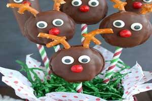 روش تهیه شیرینی خوشمزه کریسمس به شکل گوزن