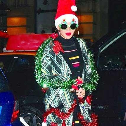 لباس عجیب بیانسه در کریسمس