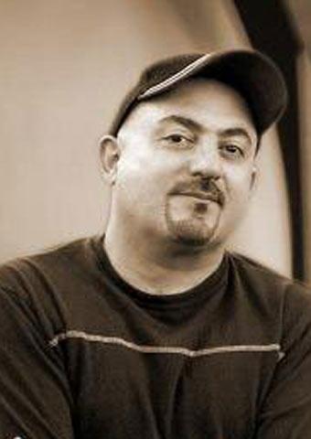 شهرام آذر (سندی) کارشناس برنامه استیج من و تو