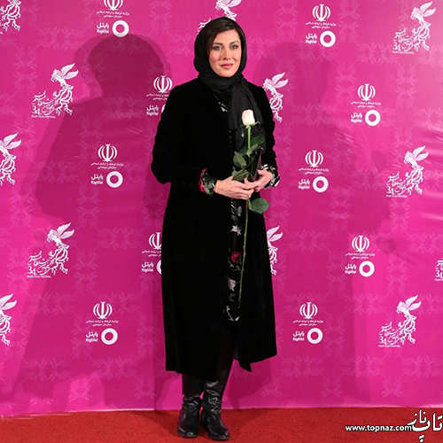 مهتاب کرامتی در افتتاجیه سی و چهارمین جشنواره فیلم فجر