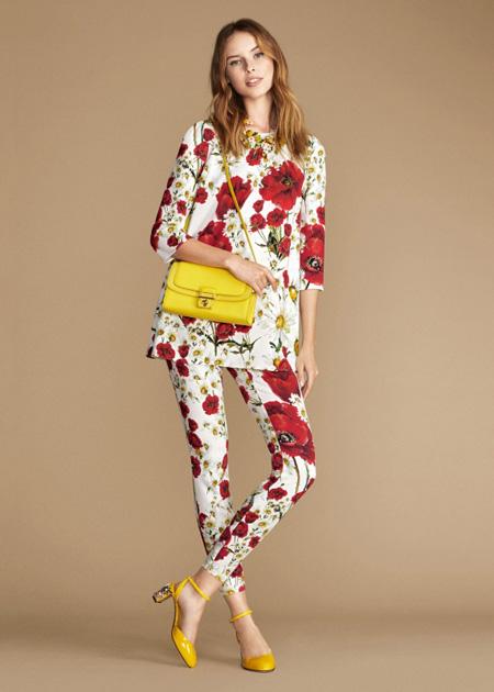 بلوز و شلوار زنانه با طرح گل قرمز دولچه اند گاباناDolce & Gabbana برای بهار 2016